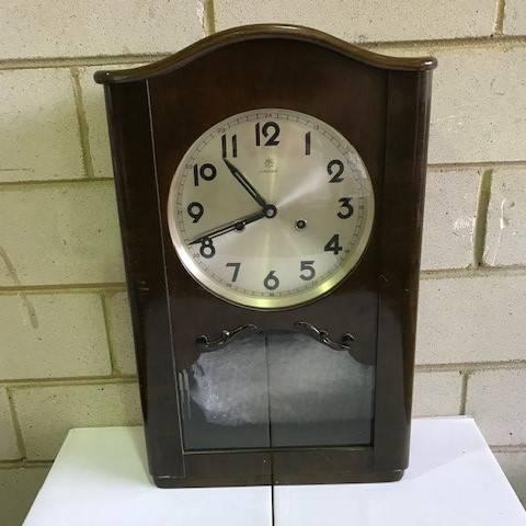 1900-century clock